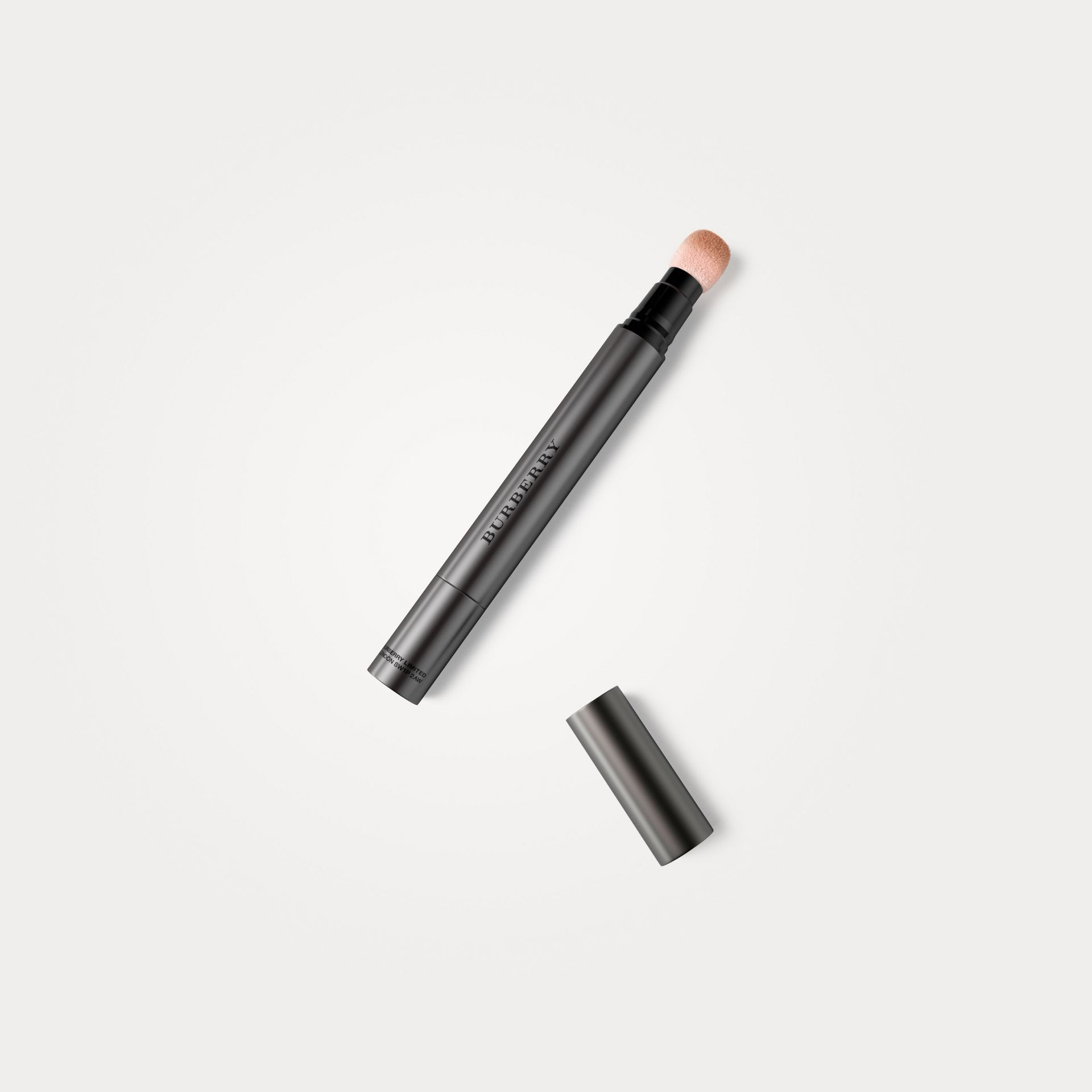 Warm nude 06 Burberry Cashmere Concealer – Warm Nude No.06 - photo de la galerie 1