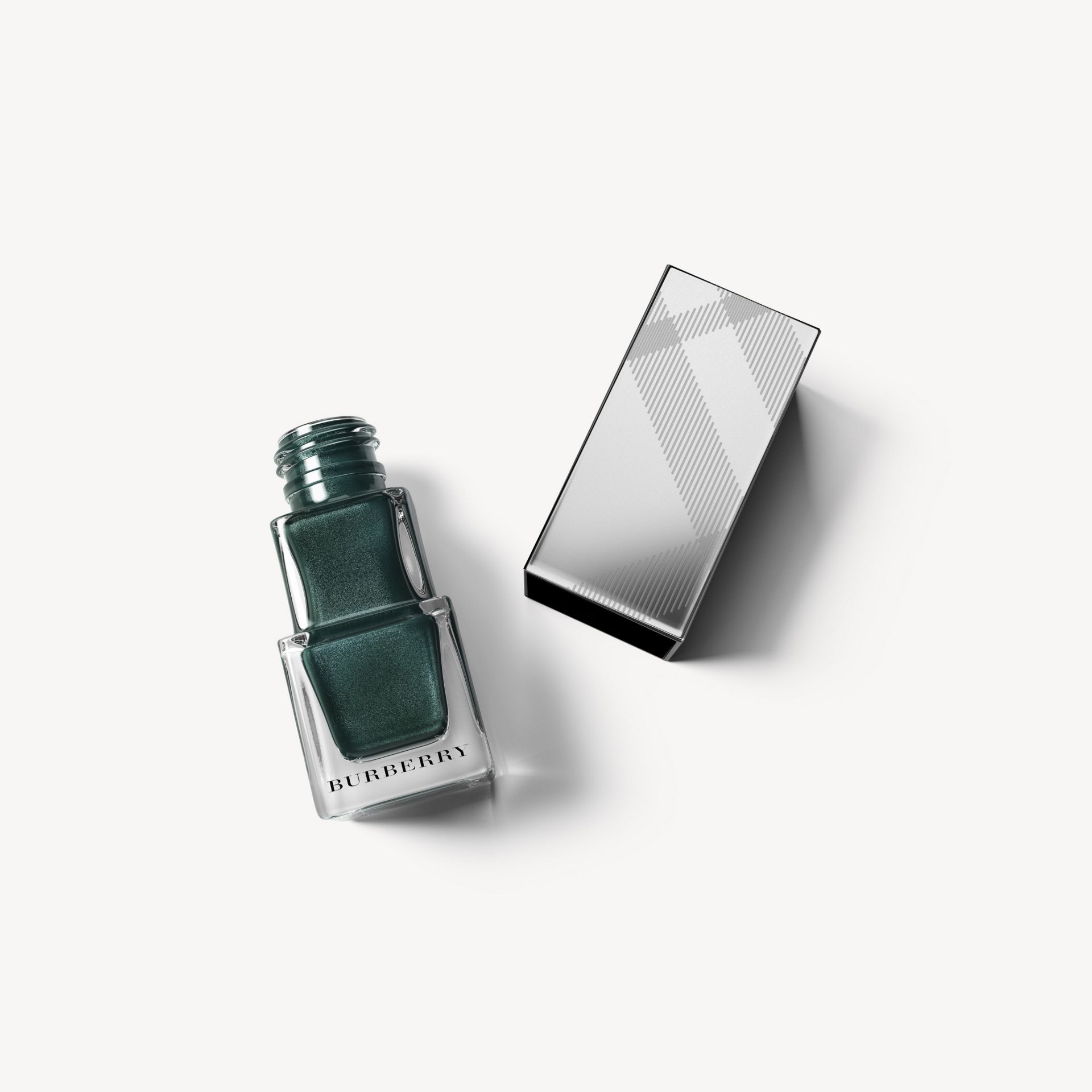 Nail Polish - Dark Forest Green No.424 - Women | Burberry - gallery image 0