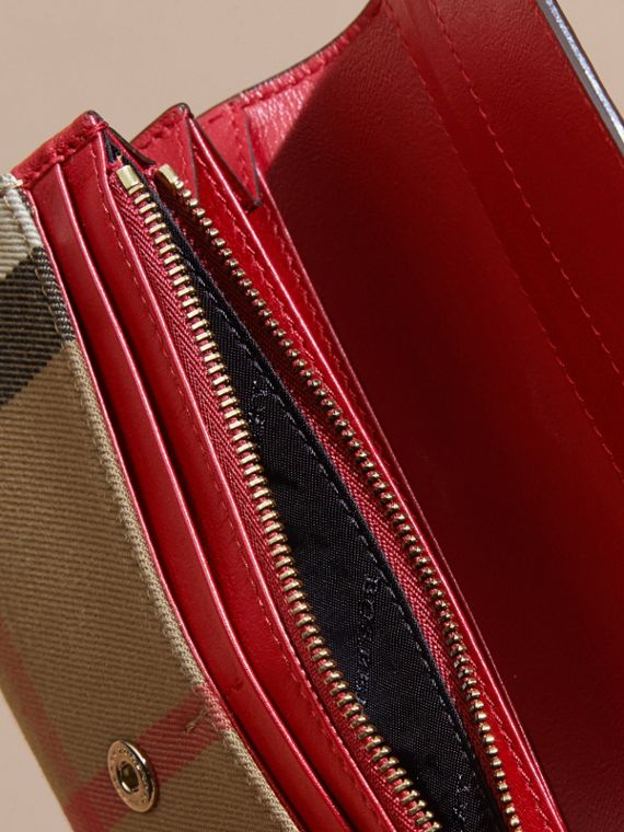 House Check And Leather Continental Wallet in Military Red - cell image 3