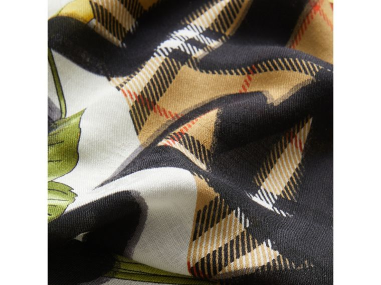 Graffiti Archive Scarf Print Wool Silk Cashmere Scarf in Multicolour | Burberry - cell image 1