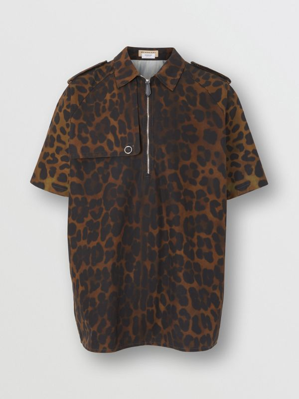 Short-sleeve Leopard Print Cotton Shirt in Khaki Green | Burberry - cell image 3