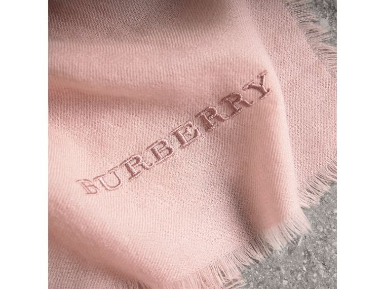 The Lightweight Cashmere Scarf in Ash Rose | Burberry - cell image 4
