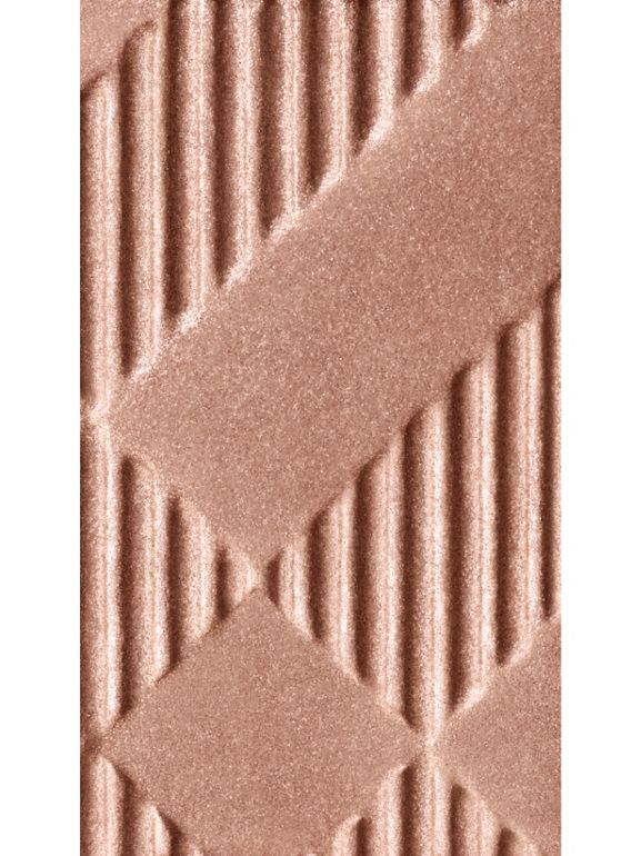 Тени для век Eye Colour Glow, Nude № 002 (№ 002) - Для женщин | Burberry - cell image 1