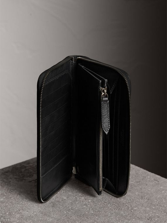 Horseferry Check Ziparound Wallet in Charcoal/black - Men | Burberry - cell image 3