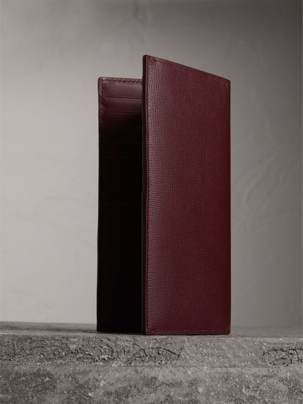 London Leather Continental Wallet in Burgundy Red - Men | Burberry Hong Kong - cell image 2