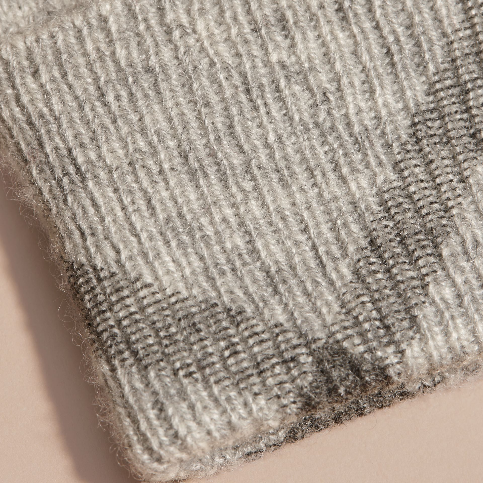 Pale grey melange Check Detail Cashmere Gloves - gallery image 2