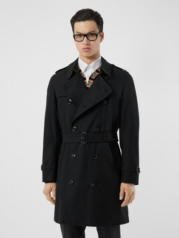 The Mid-length Chelsea Heritage Trench Coat in Black