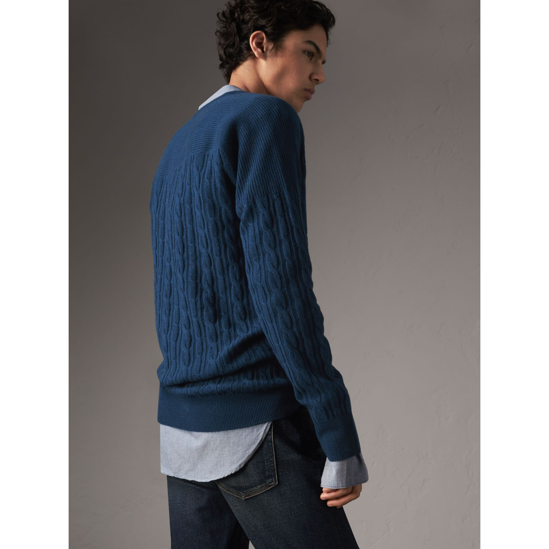 Cable and Rib Knit Cashmere V-neck Sweater in Bright Navy - Men | Burberry Canada - gallery image 3