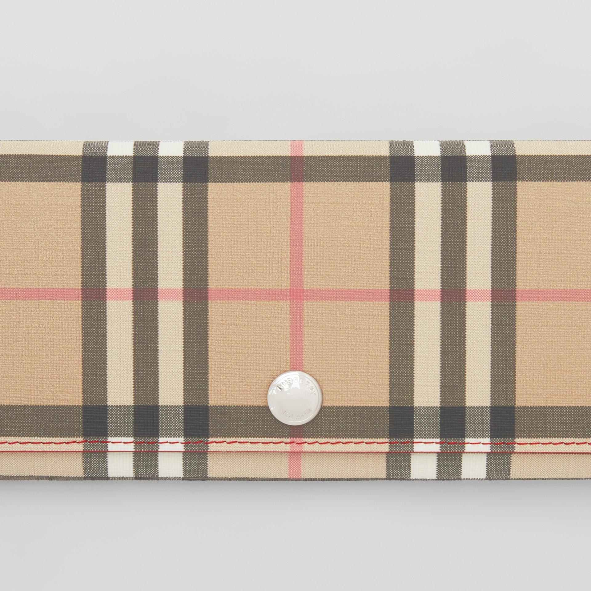 Классический бумажник из ткани e-canvas в клетку (Армейский Ярко-красный) - Для женщин | Burberry - изображение 1