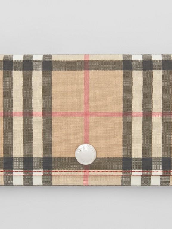 Классический бумажник из ткани e-canvas в клетку (Армейский Ярко-красный) - Для женщин | Burberry - cell image 1