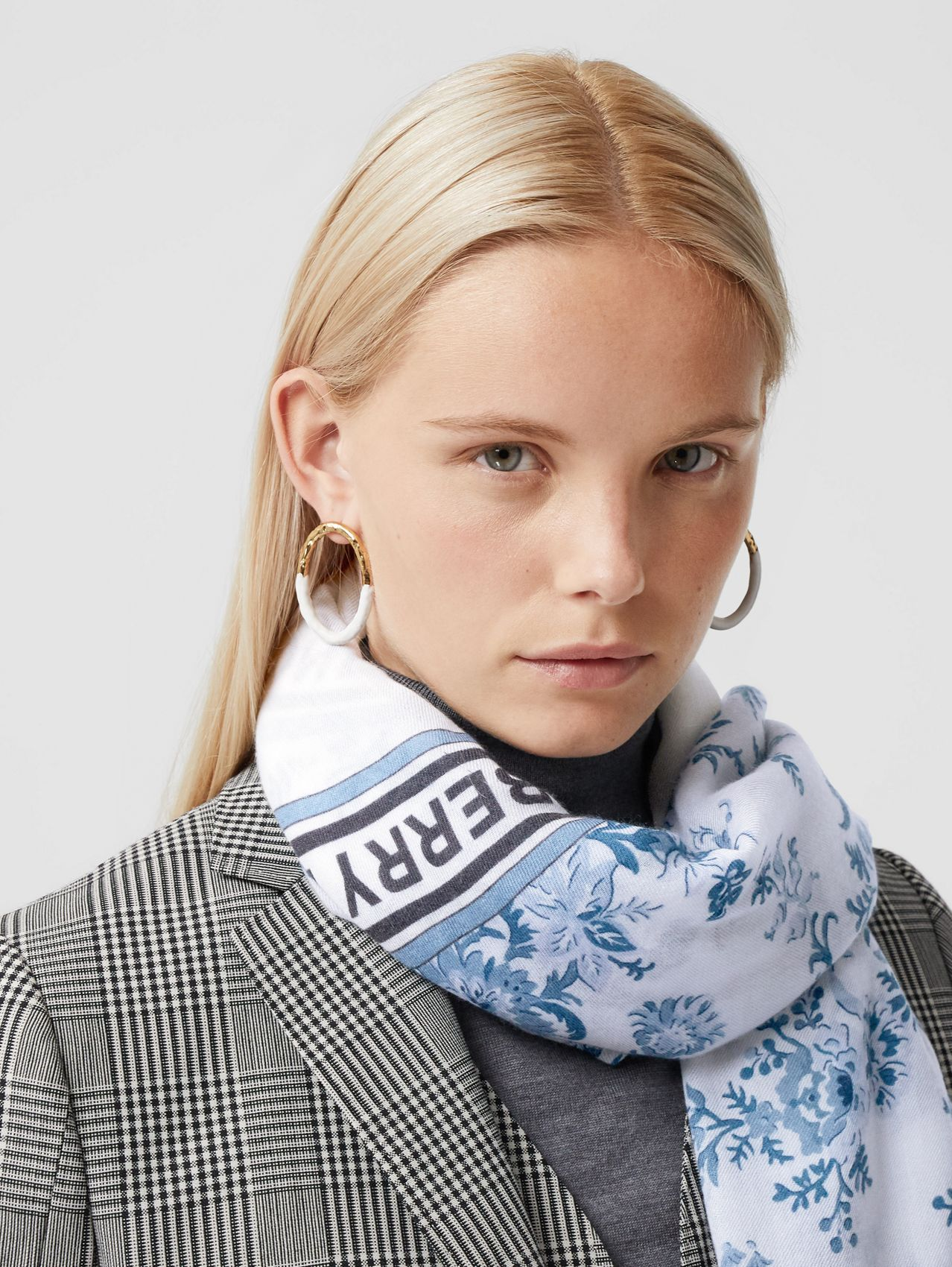 Floral Print Lightweight Cashmere Scarf in Pale Blue