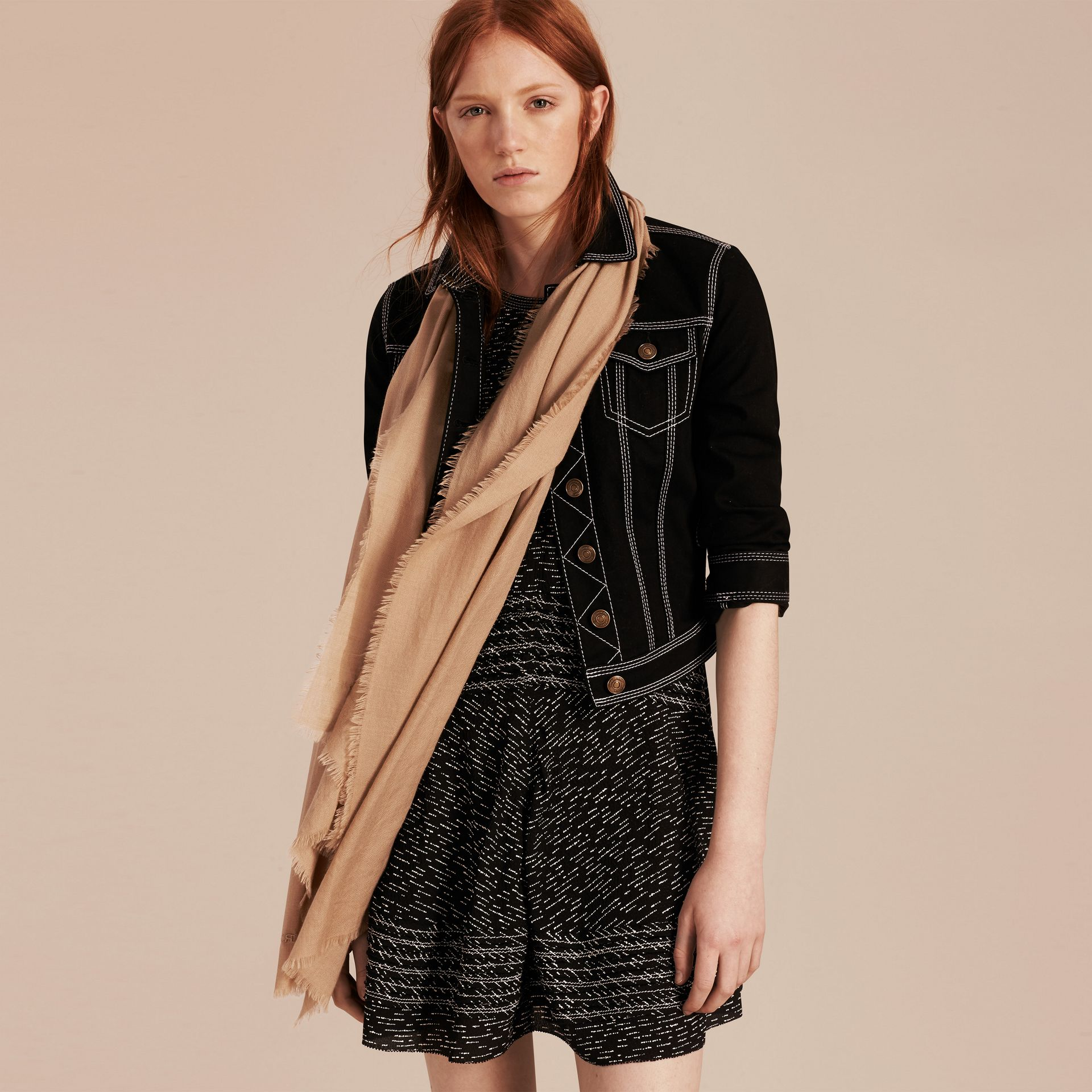 Camel The Lightweight Cashmere Scarf Camel - gallery image 3