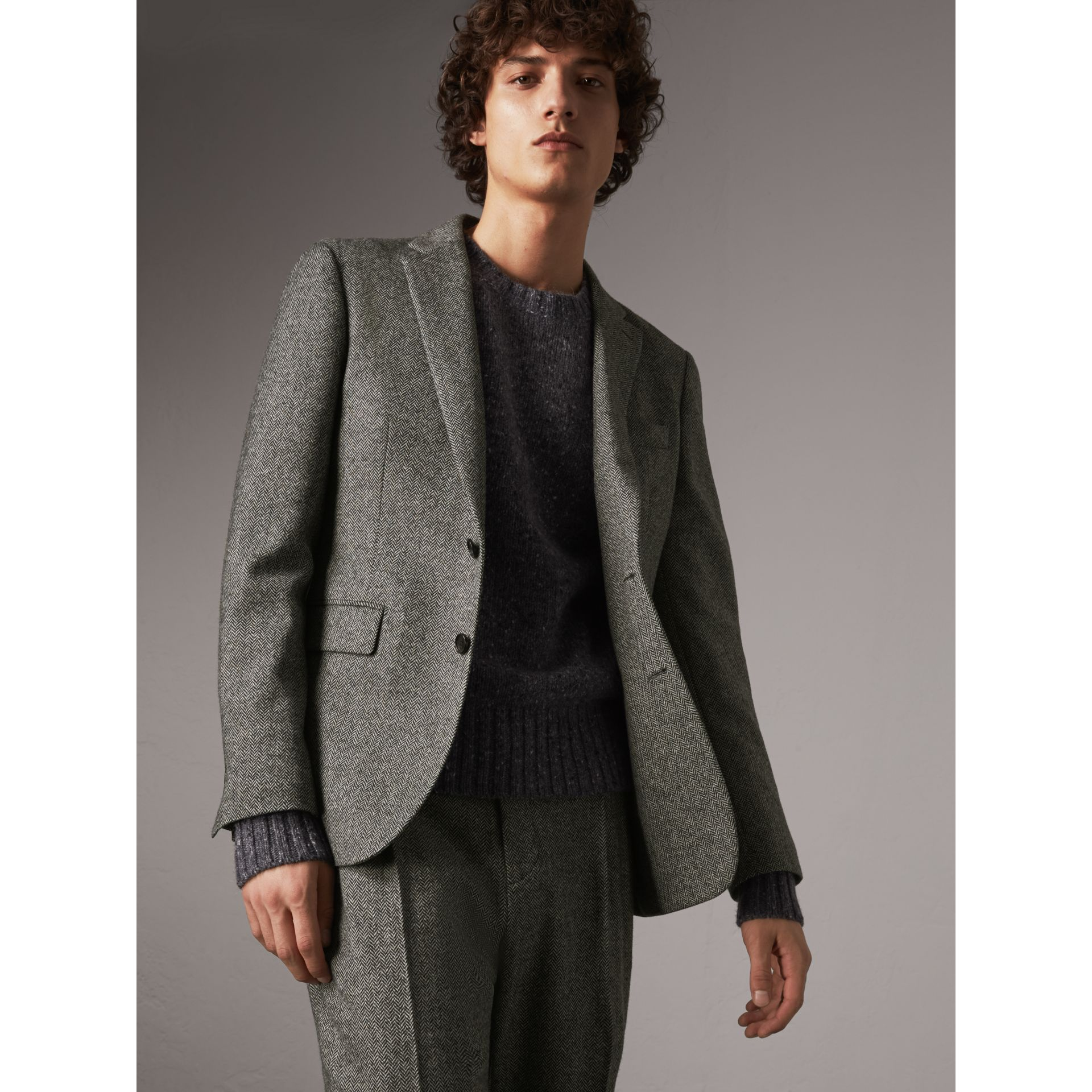 Soho Fit Herringbone Wool Tailored Jacket in Black / White - Men | Burberry Singapore - gallery image 7