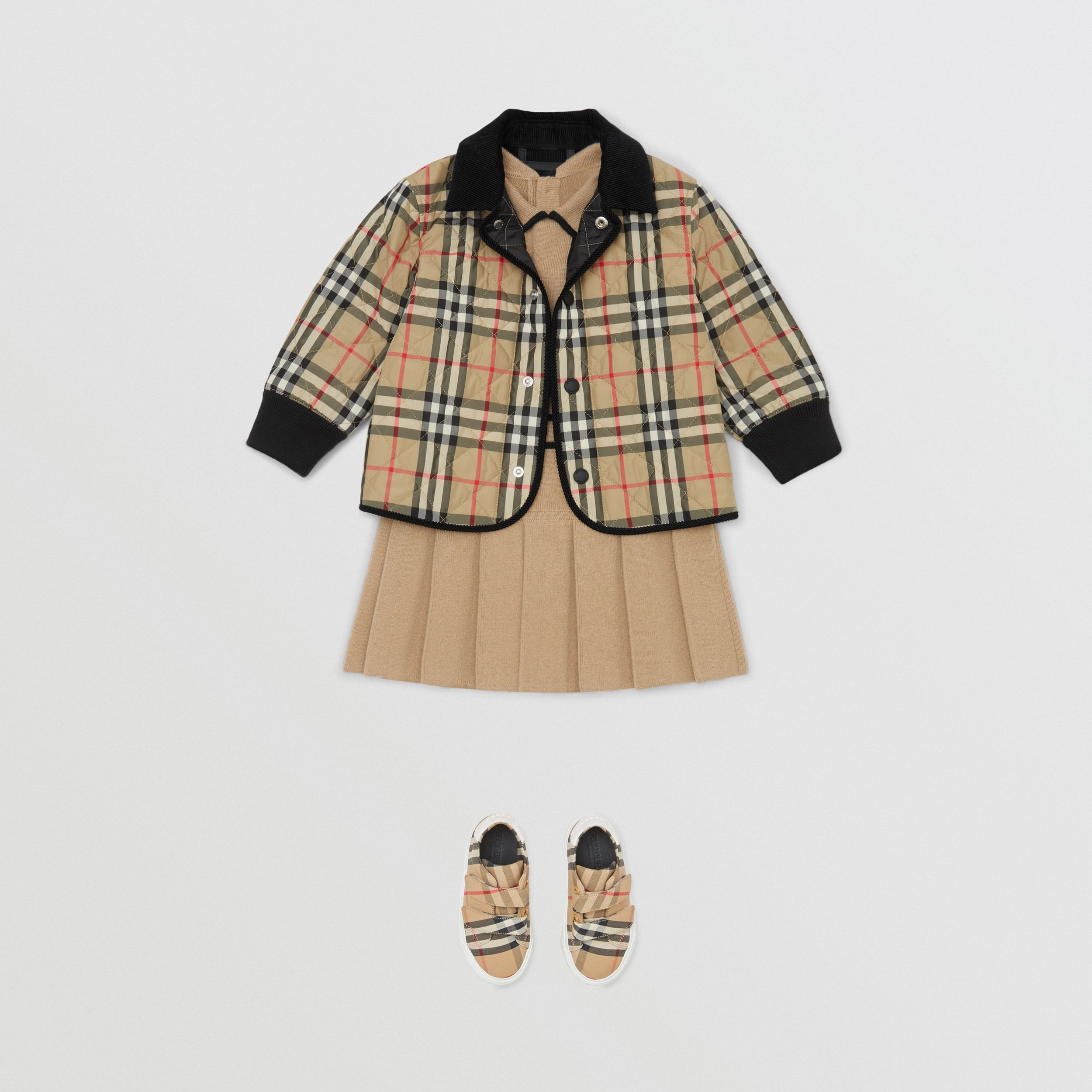 Corduroy Trim Vintage Check Diamond Quilted Jacket in Archive Beige - Children | Burberry - 3