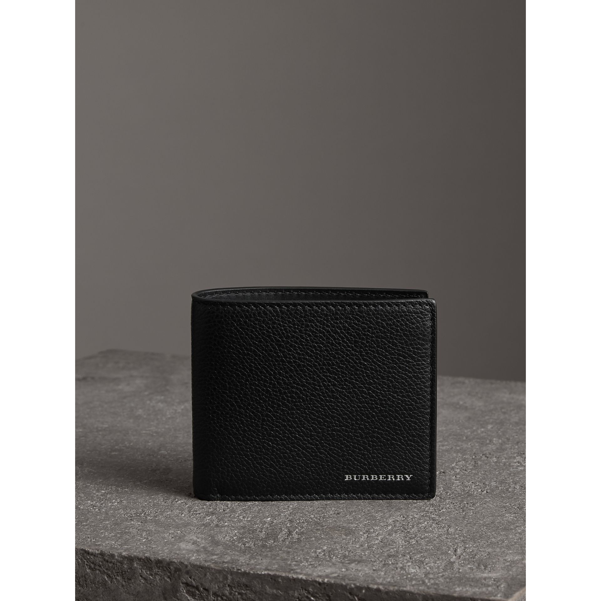 Grainy Leather International Bifold Coin Wallet in Black - Men | Burberry Canada - gallery image 4