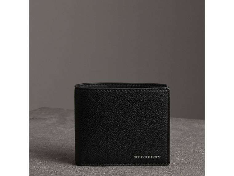 Grainy Leather International Bifold Coin Wallet in Black - Men | Burberry Hong Kong - cell image 4