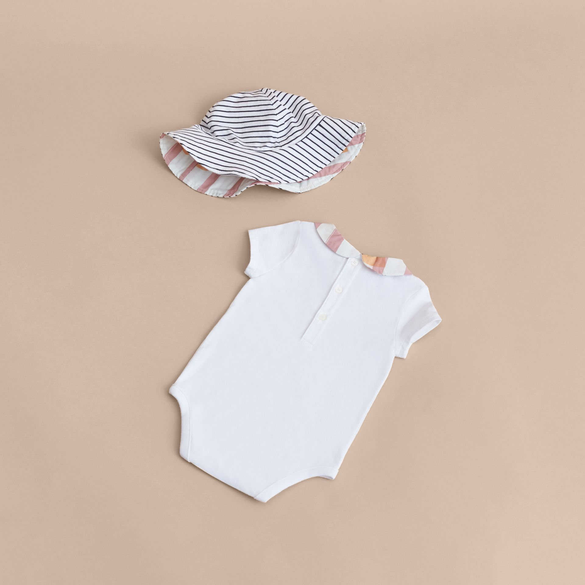 Hooked Heart Print Cotton Three-piece Baby Gift Set - gallery image 3