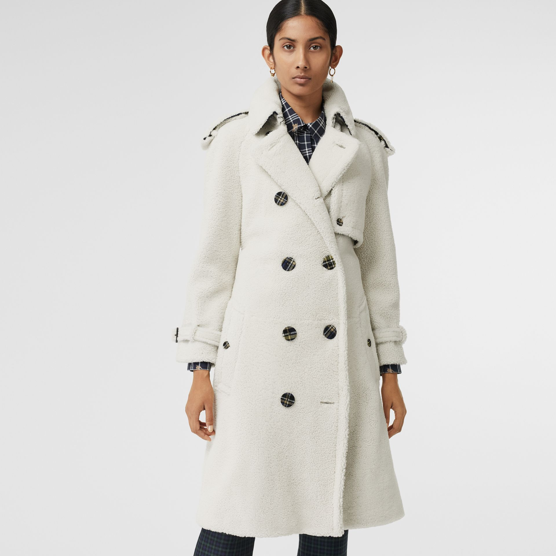 Tartan-lined Shearling Trench Coat in Off White - Women | Burberry - gallery image 5