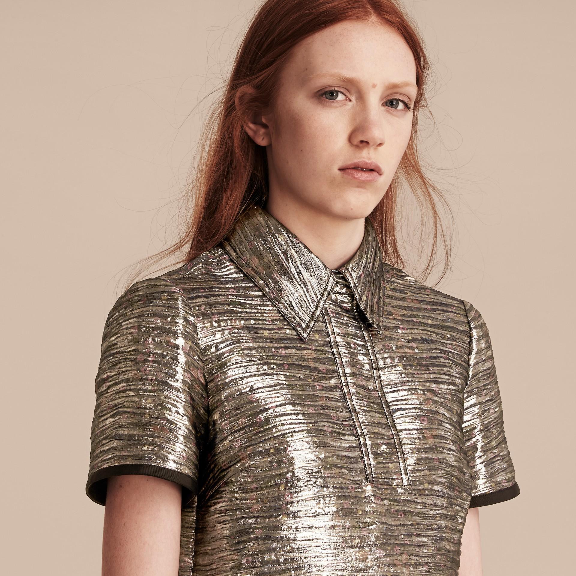 Gris brume Robe chemise à motif métallisé tissé en jacquard - photo de la galerie 5