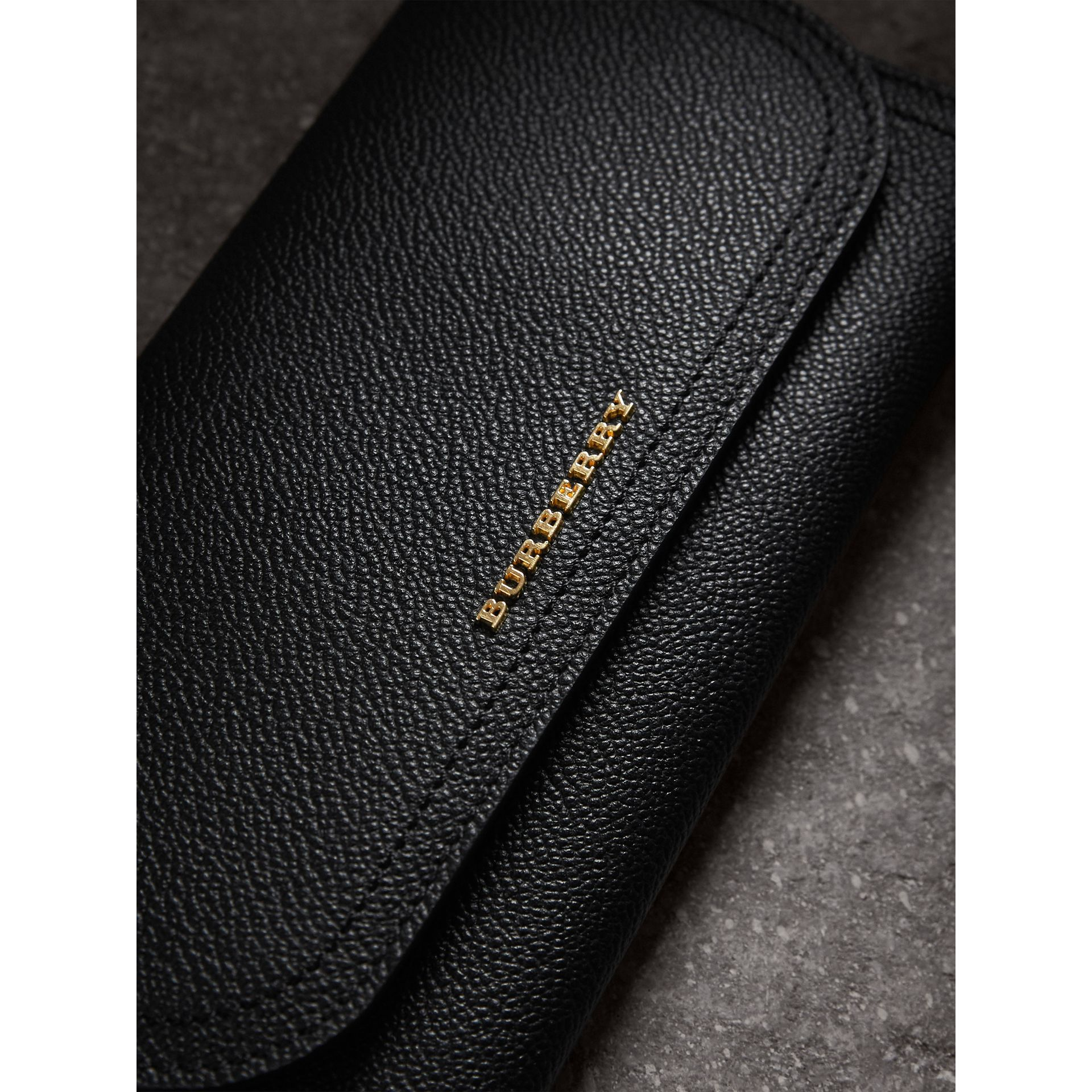 Grainy Leather Slim Continental Wallet in Black - Women | Burberry Canada - gallery image 1