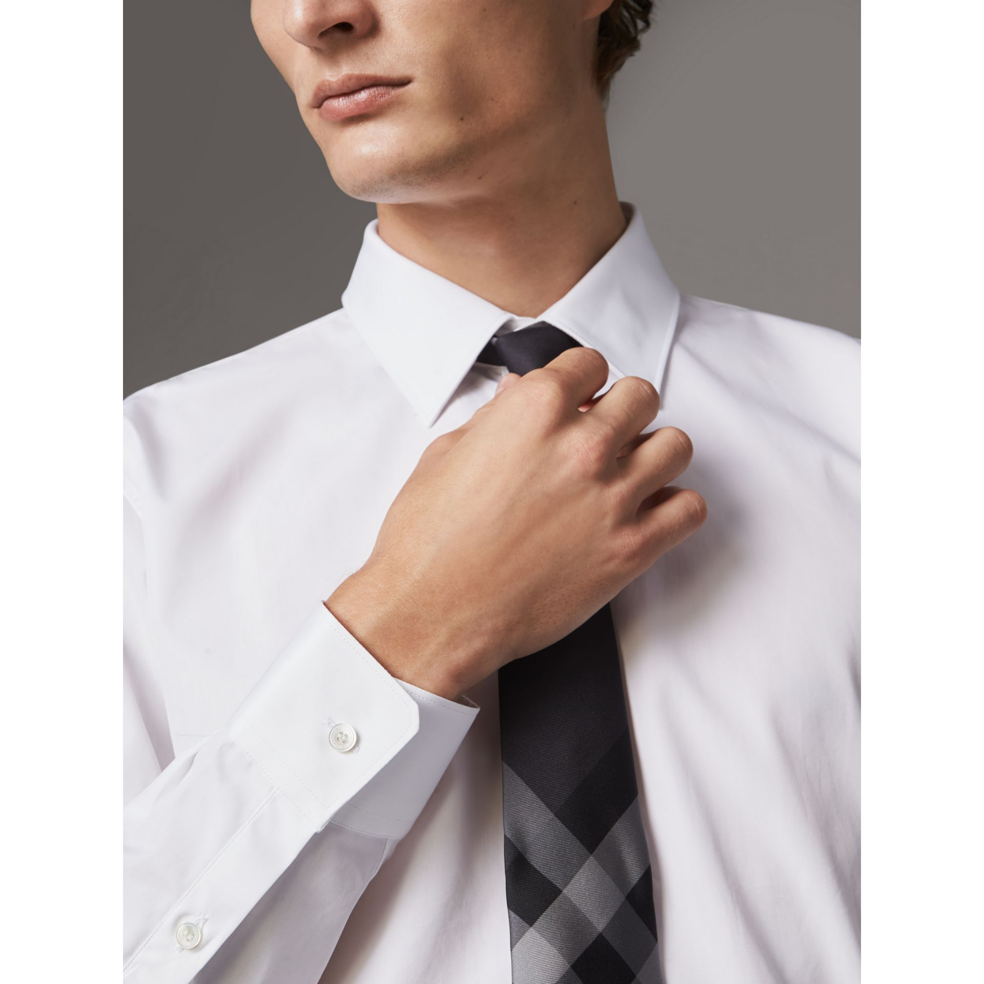 Modern Fit Cotton Poplin Shirt in White - Men | Burberry Canada - gallery image 2