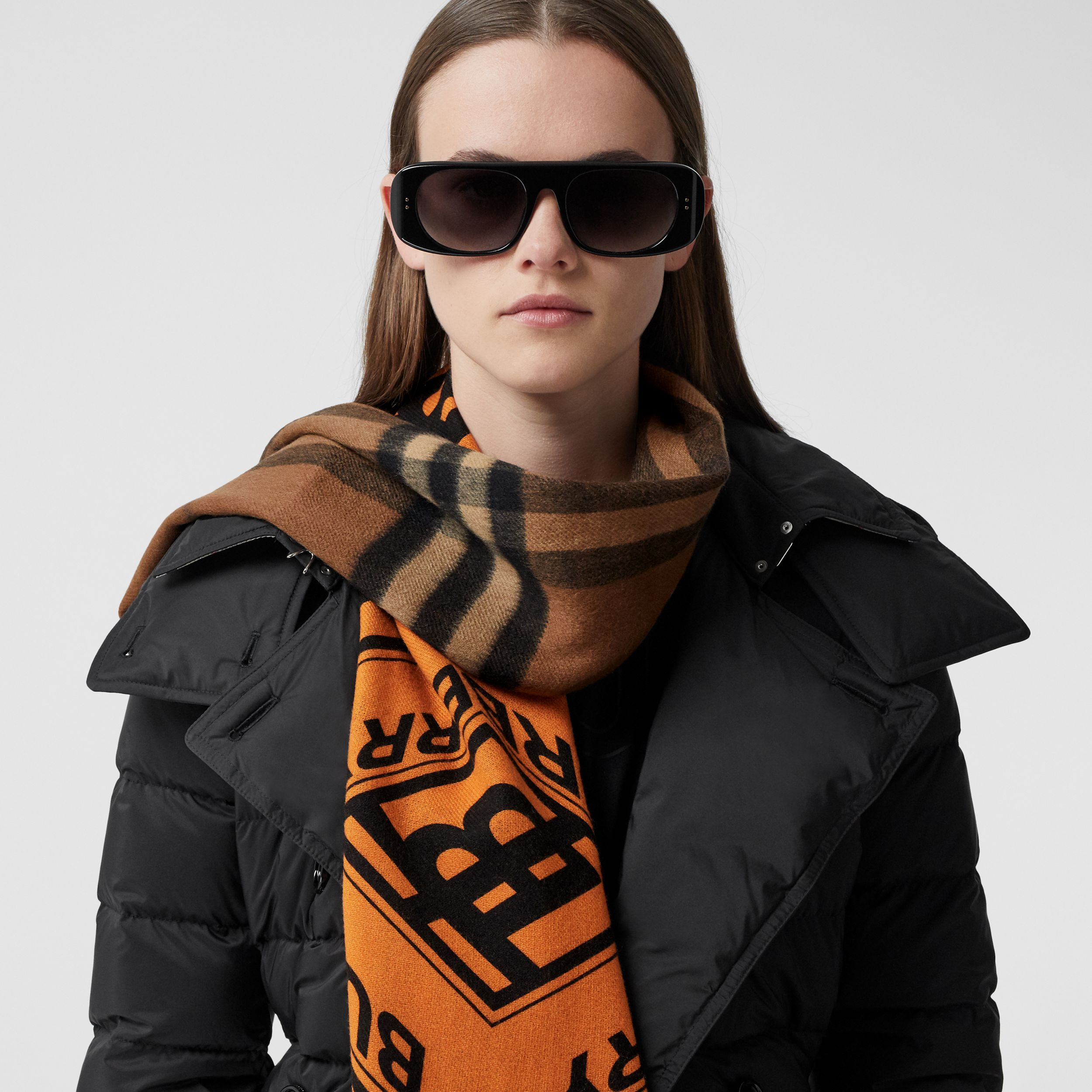 Reversible Check and Logo Graphic Cashmere Scarf in Bridle Brown | Burberry Australia - 3