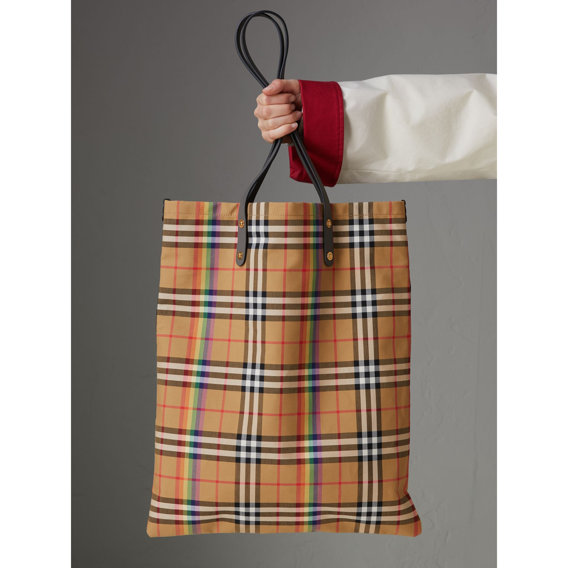 Large Rainbow Vintage Check Shopper in Dark Grey | Burberry Canada - gallery image 4