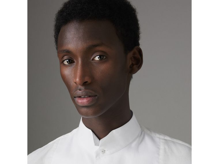 Modern Fit Panelled Bib Cotton Silk Evening Shirt in White - Men | Burberry - cell image 4