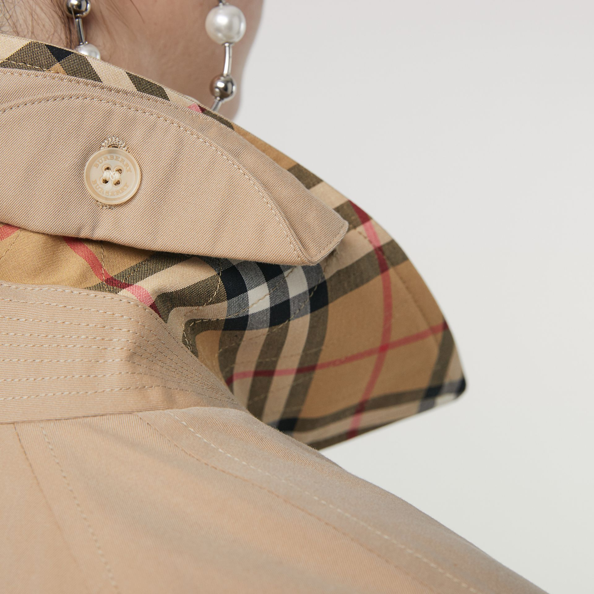 The Camden Car Coat in Honey - Women | Burberry Hong Kong - gallery image 1