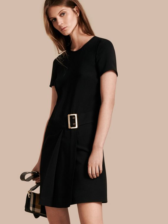 Buckle Detail Pleated Shift Dress in Black