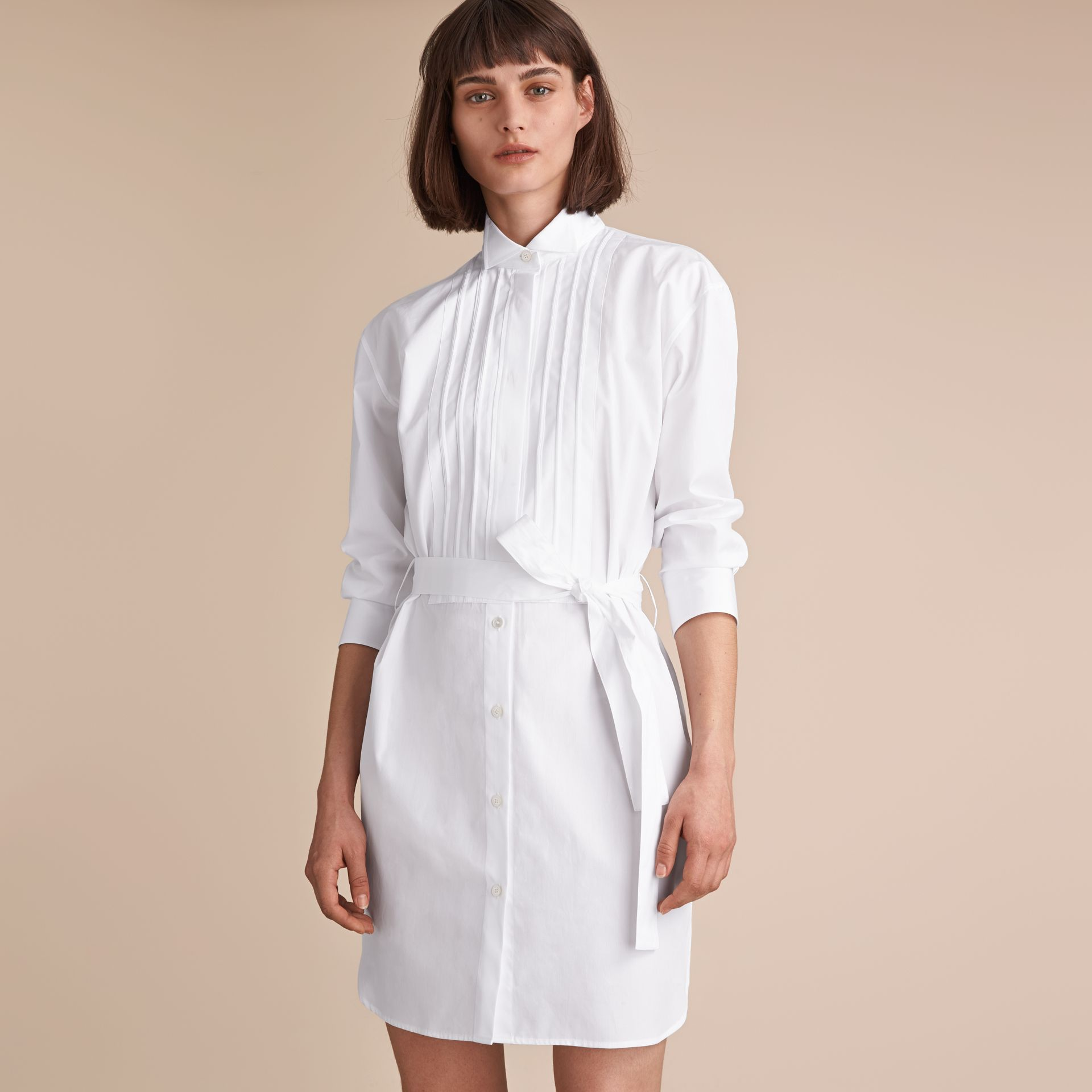 Tie-waist Wing Collar Cotton Poplin Shirt Dress in White - Women | Burberry - gallery image 5