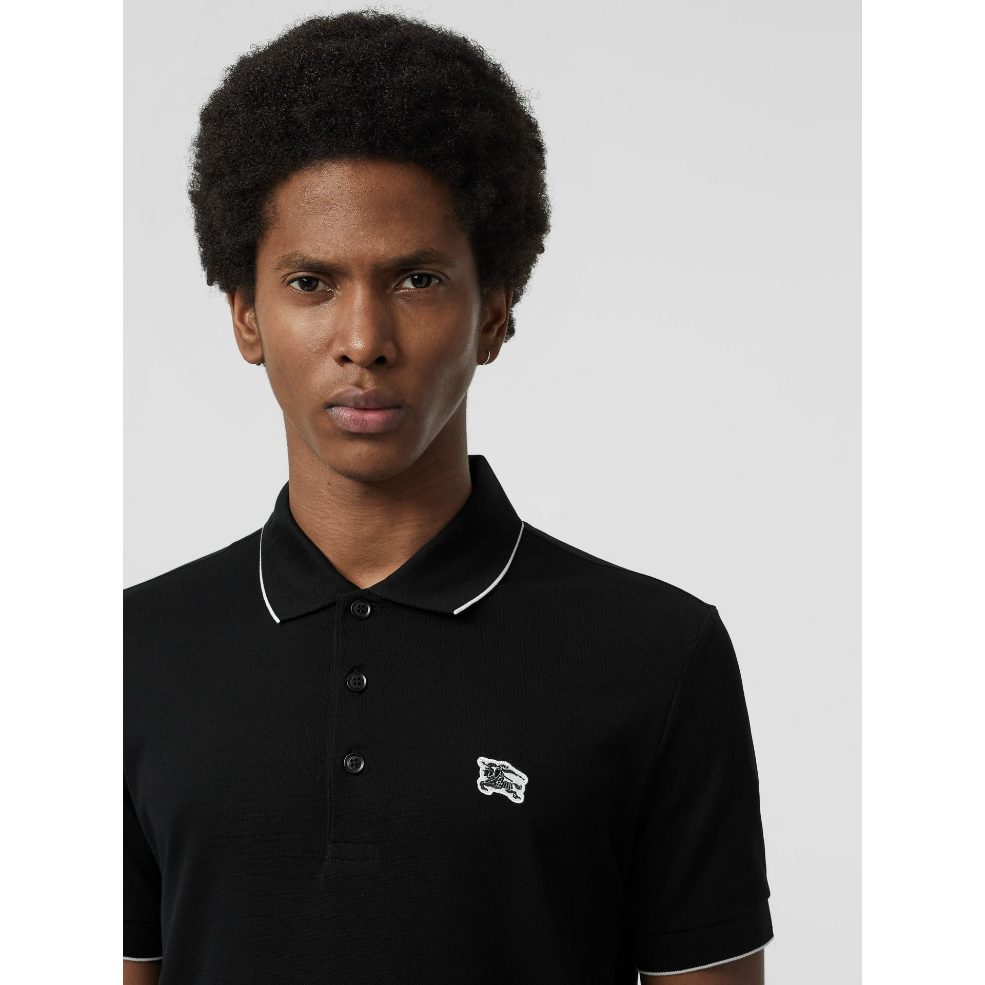 Polo en piqué de coton à bordure colorée (Noir) - Homme | Burberry - photo de la galerie 1