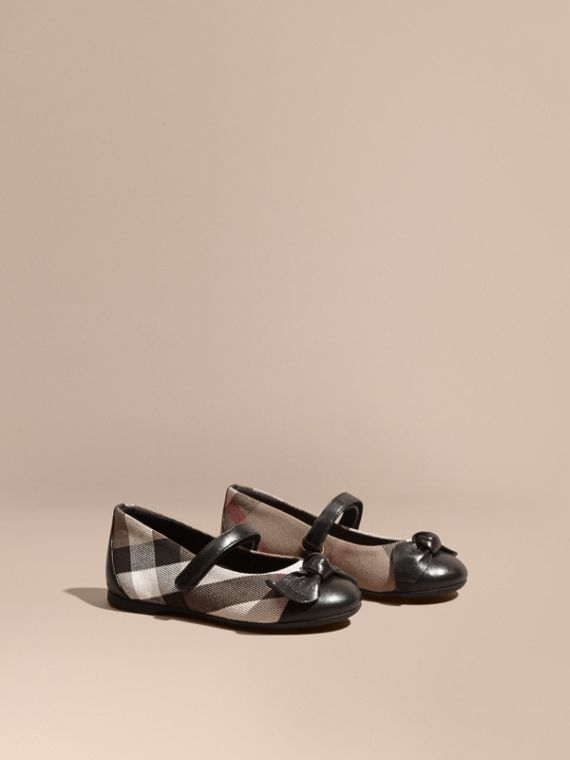 Leather and House Check Ballerinas in Black
