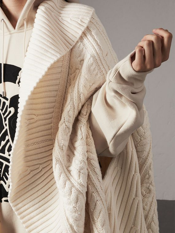 Cable Knit Wool Cashmere Cape in Natural White