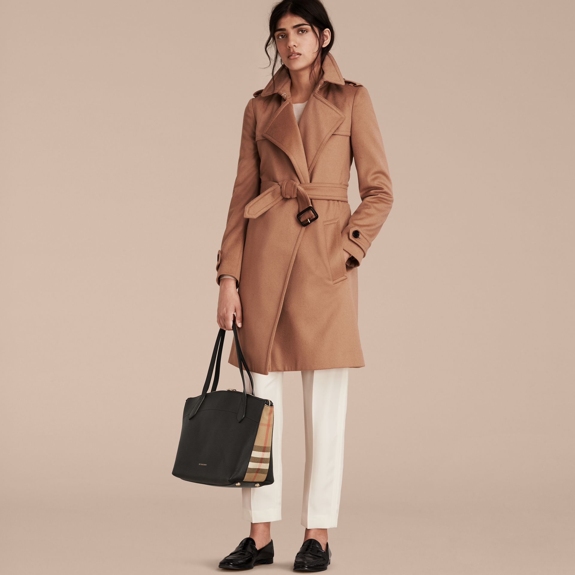 Sac tote medium en cuir et coton House check - Femme | Burberry - photo de la galerie 3