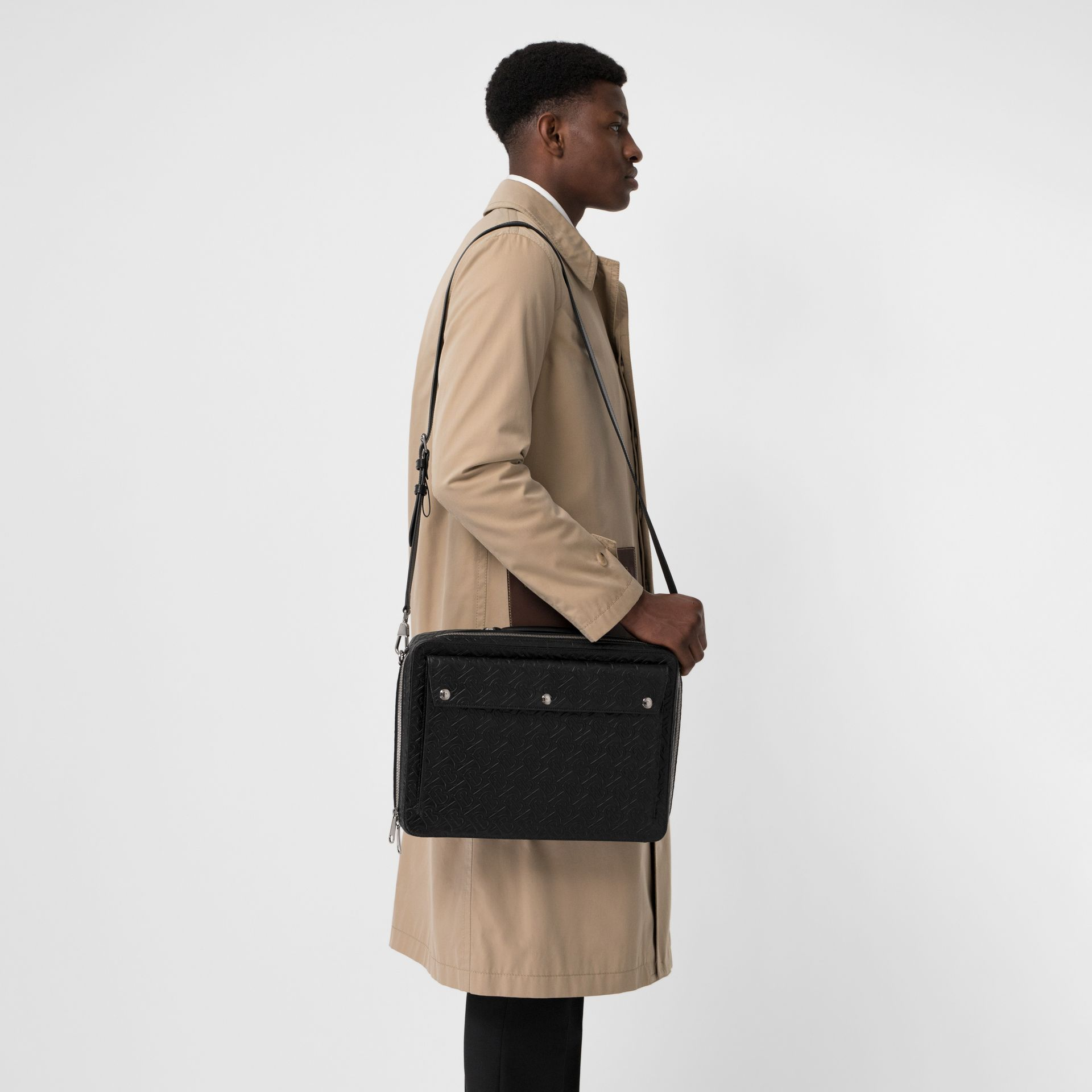 Attaché-case en cuir Monogram à triple pression (Noir) - Homme | Burberry Canada - photo de la galerie 3