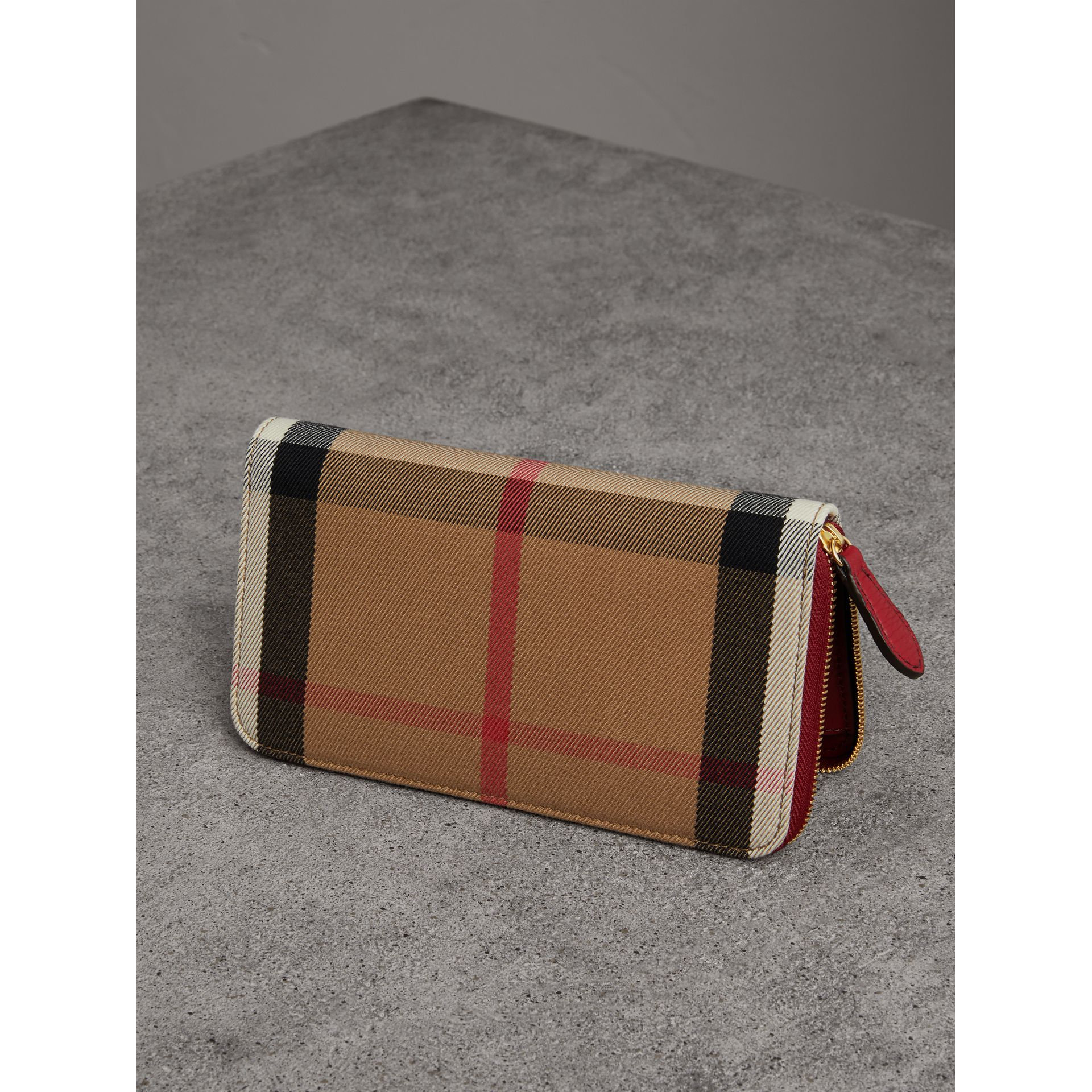 House Check and Leather Ziparound Wallet in Military Red - Women | Burberry Australia - gallery image 3