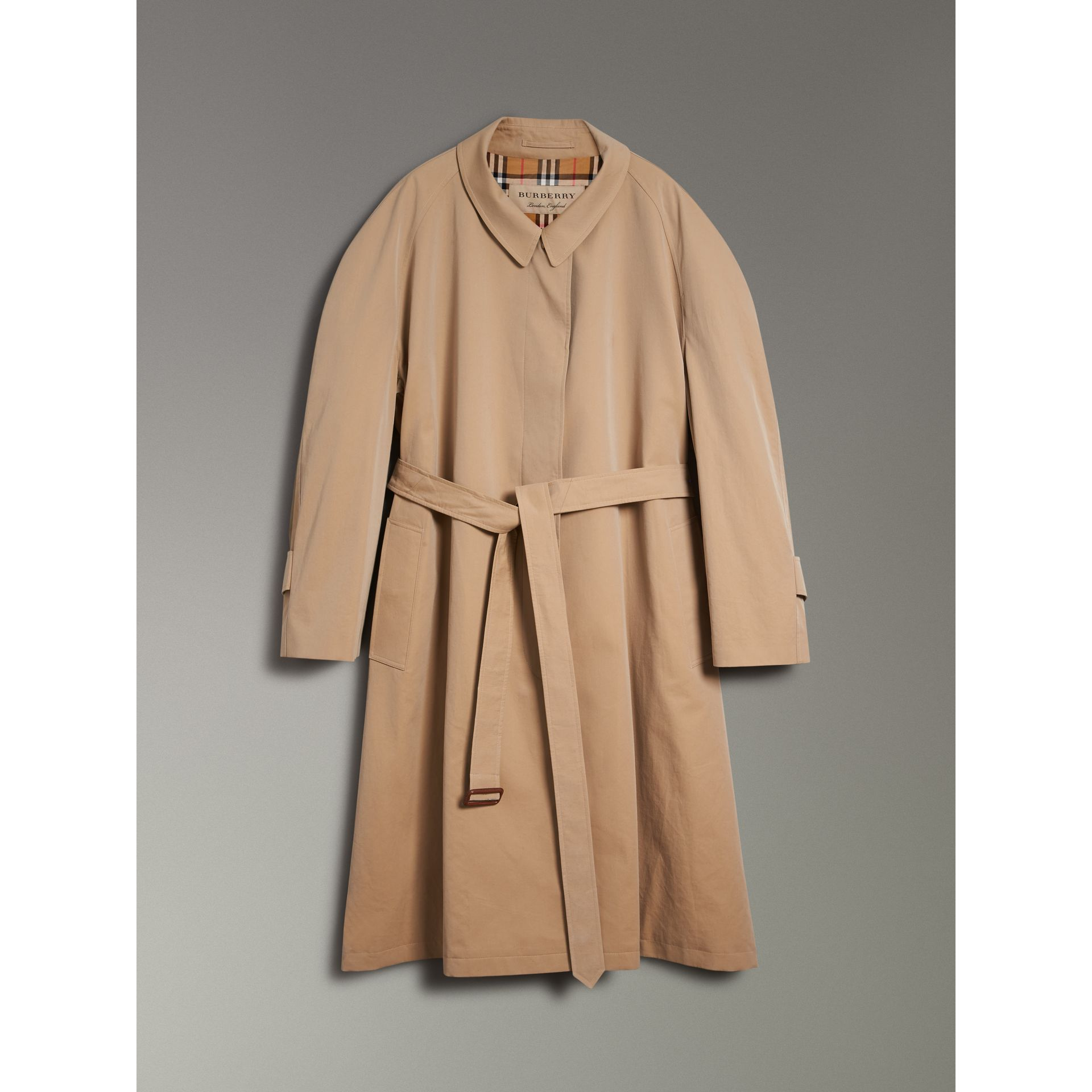 Painted Button Tropical Gabardine Car Coat in Honey - Women | Burberry - gallery image 3
