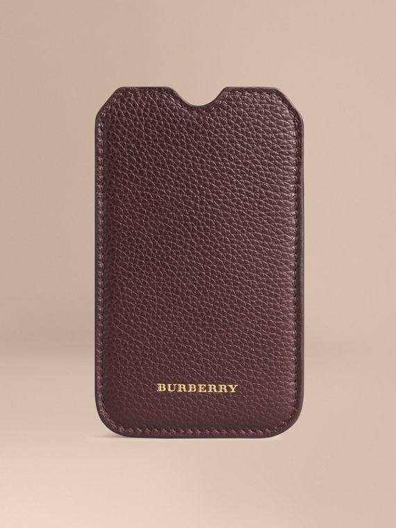 Grainy Leather iPhone 5/5S Case Ebony Red
