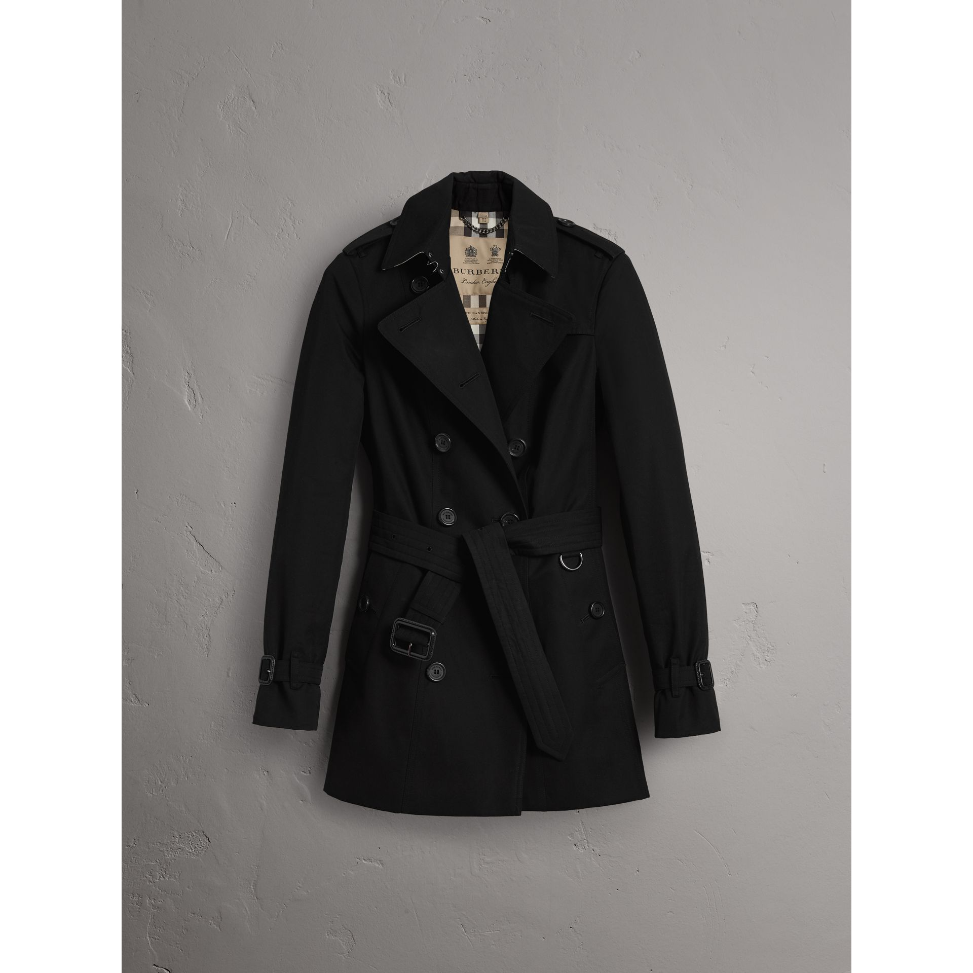 The Sandringham - Trench coat corto (Nero) - Donna | Burberry - immagine della galleria 4