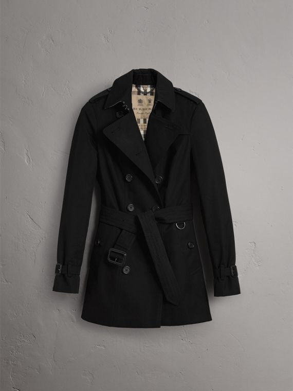 The Sandringham – Short Trench Coat in Black - Women | Burberry - cell image 3