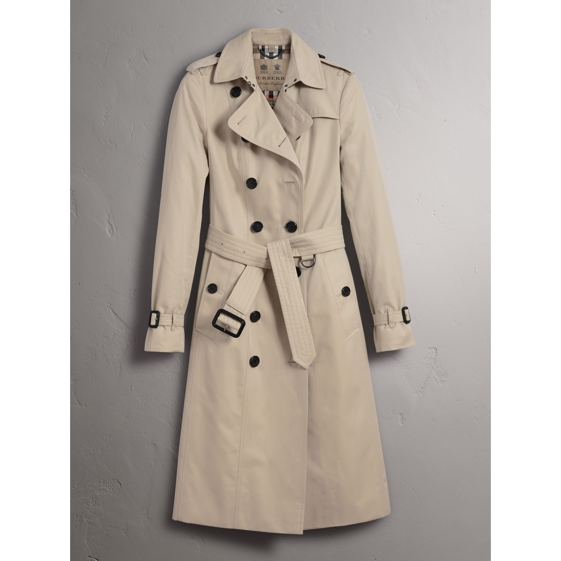 The Sandringham – Extra-long Trench Coat in Stone - Women | Burberry - gallery image 4