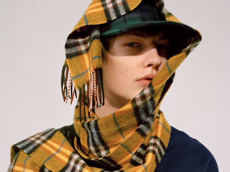 Check Cashmere Scarf in Amber Yellow | Burberry - cell image 4