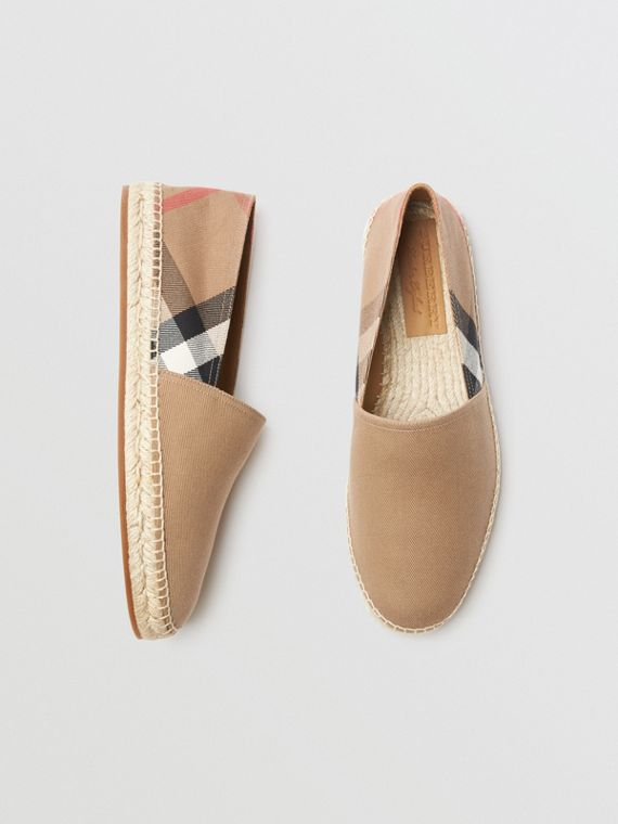 Canvas Check Espadrilles in Classic