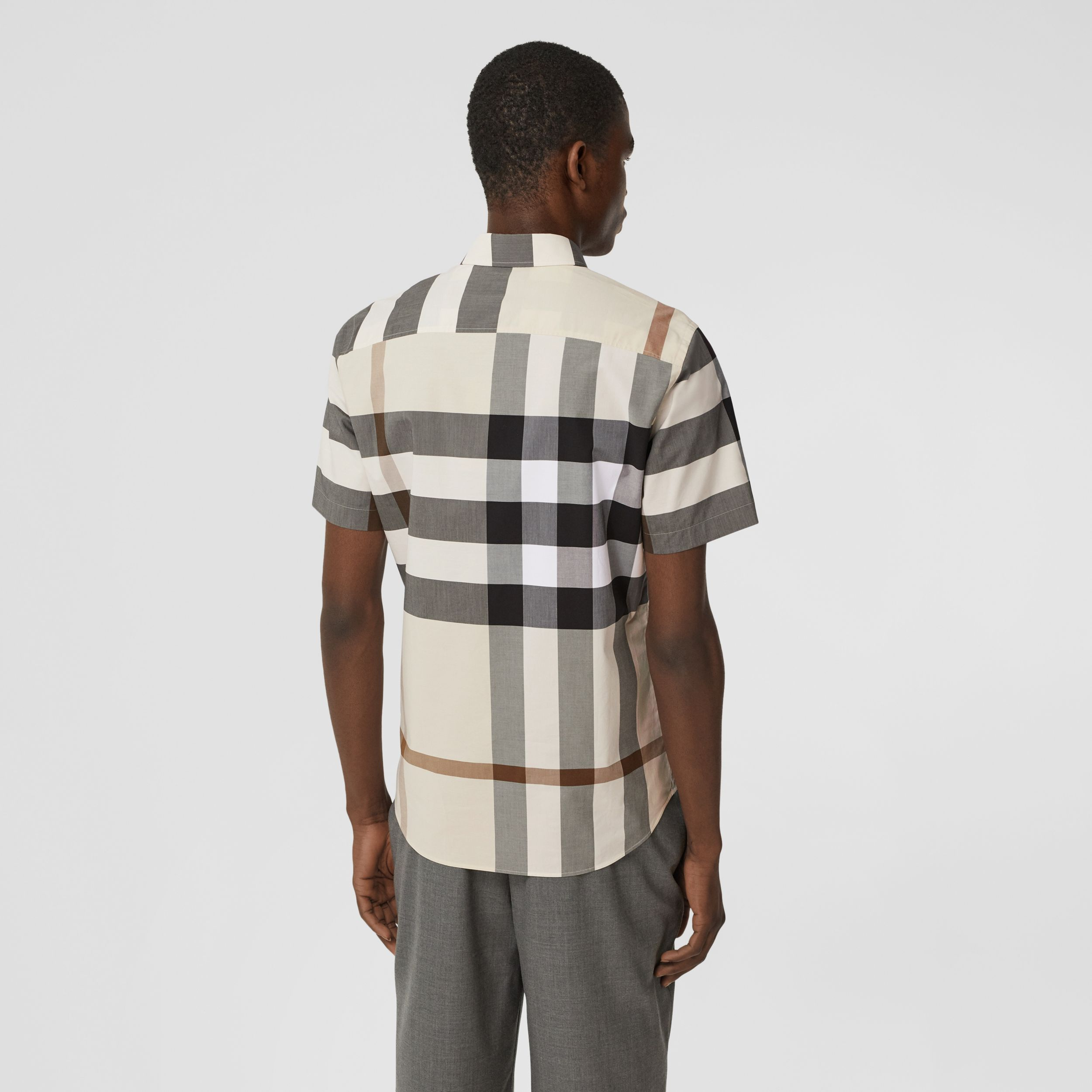 Short-sleeve Check Stretch Cotton Poplin Shirt in Modern Beige - Men | Burberry - 3