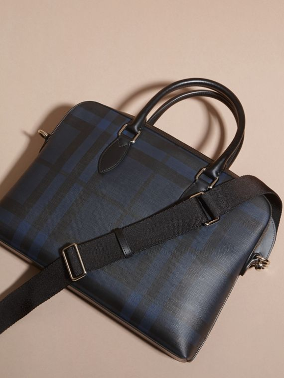 Sac The Barrow fin avec motif London check (Marine/noir) - Homme | Burberry - cell image 3