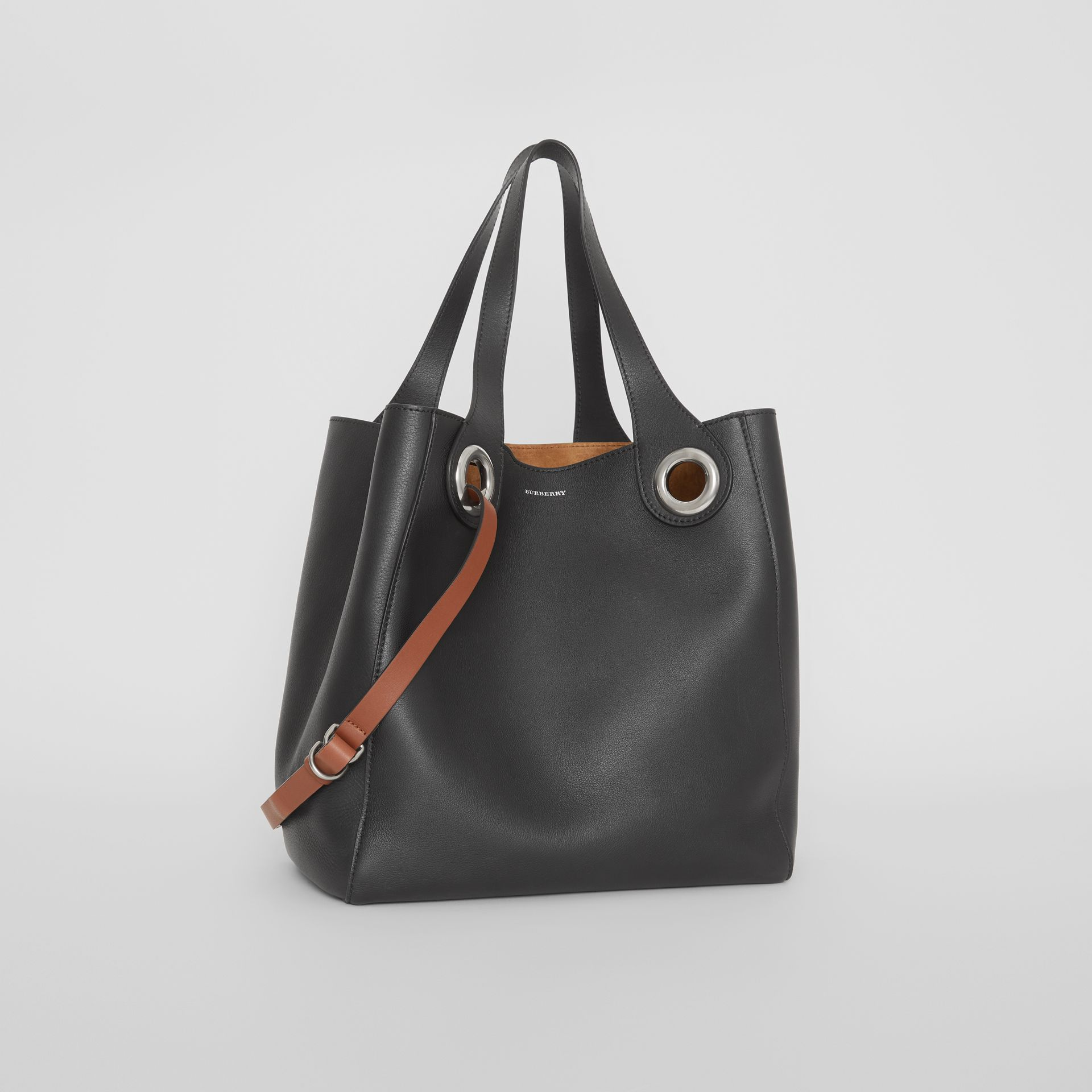 The Medium Leather Grommet Detail Tote in Black - Women | Burberry United Kingdom - gallery image 6