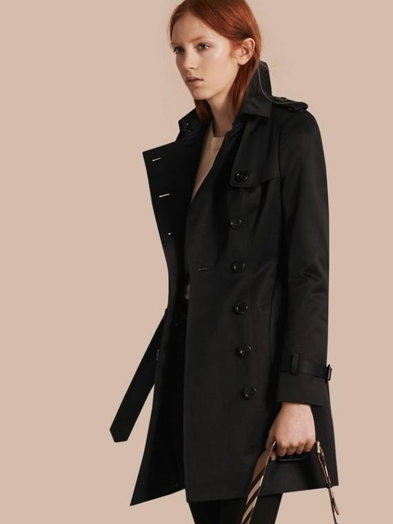 Trench-coat en satin de coton Noir