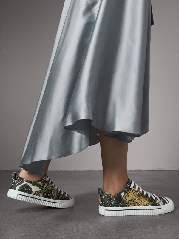Beasts Print Cotton Blend Sneakers in Clay Green - Women | Burberry - cell image 2