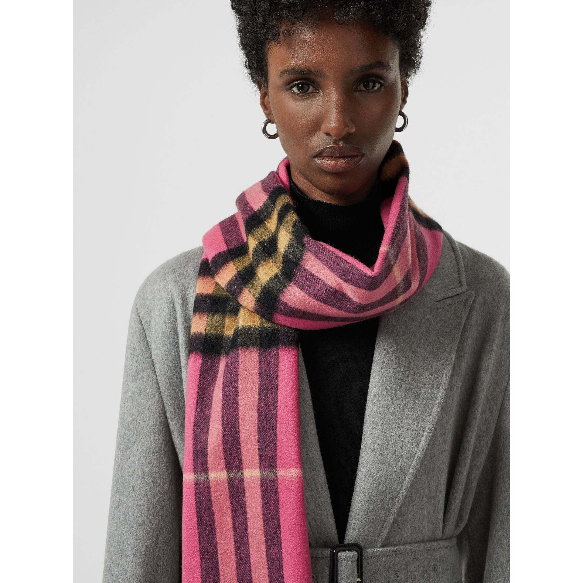 The Classic Cashmere Scarf in Check in Bright Rose | Burberry Australia - gallery image 5